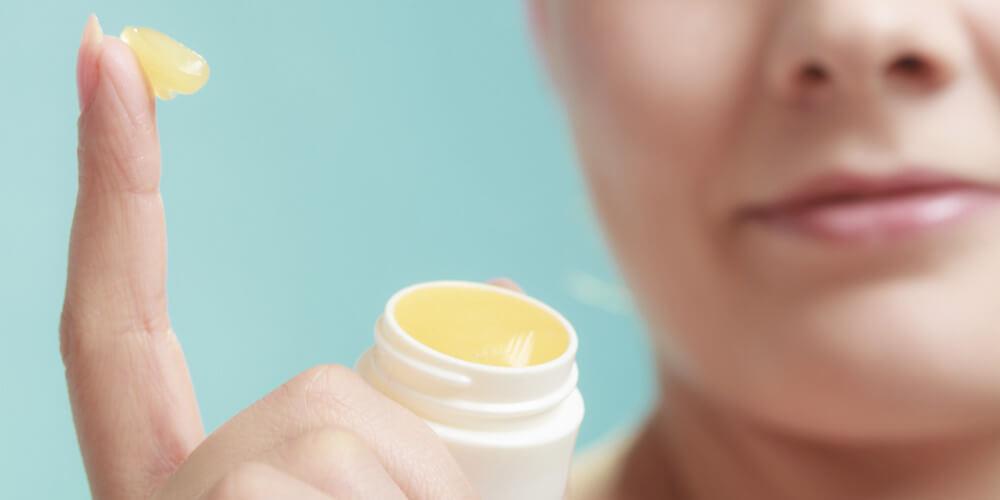 10 raisons d'aimer le baume à lèvres